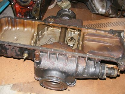 Picture of 300E 4-matic oil pan with differential, 1243301105