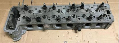 Picture of Mercedes 230s Cylidner head 1080101720 used