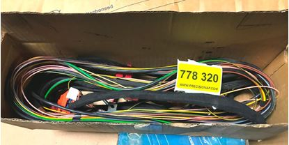 Picture of Mercedes air bag wiring 2025402010