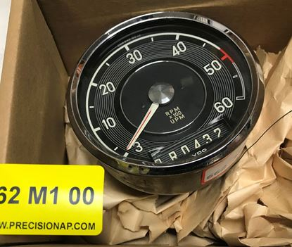 Picture of Mercedes 600 w100 RPM gauge 0005423816