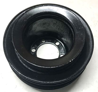 Picture of MERCEDES 300D CRANKSHAFT PULLEY 6170351112 USED